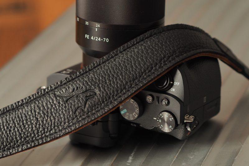 4202 schwarz/natur EDDYCAM mit Sony A7